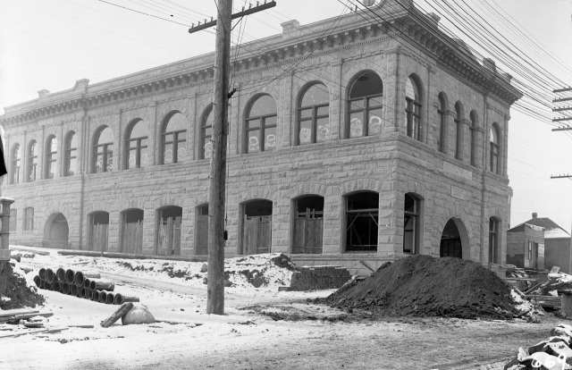 vpl-5368-odd-fellows-hall-under-constn-1906-ptt