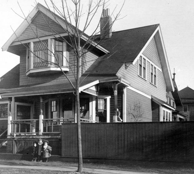 CVA 371-741 - [Exterior of residence at 916 Cardero Street]