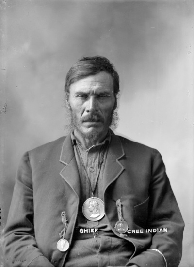 ca1900 CVA 586-18 - Chief - Cree Indian, Howard King photo