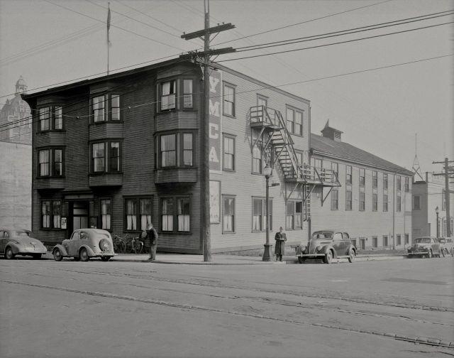 CVA BuN151: YMCA Building at northeast corner of Cambie and Dunsmuir, 1941.