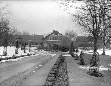 CVA 586-4861: Vancouver Prevontorium, Steffans-Coltman, 1944.