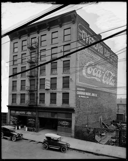 VPL 20677 - 195 Alexander Street, 1919.