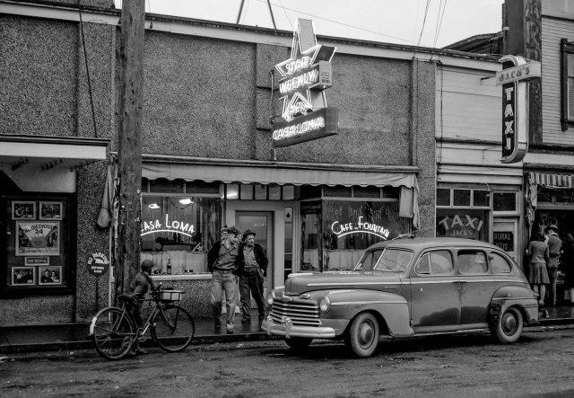 CVA 1184-3261. Cafe Casa Loma, 1940-48. Jack Lindsay photo. Note: This image has been cropped and otherwise edited. To see original image, go to CVA,)
