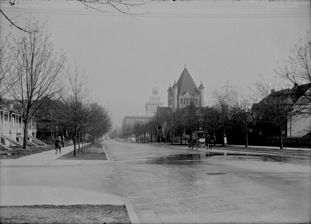 CVA SGN 1522 - [View of Georgia Street, looking east from Thurlow Street] 1912? C. Bradbury