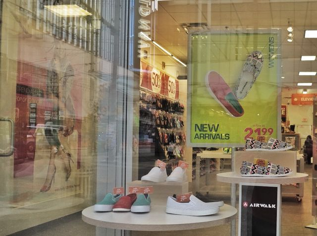 The window display of Aldo's Shoes at 806 Granville, 2015. Author's photo.