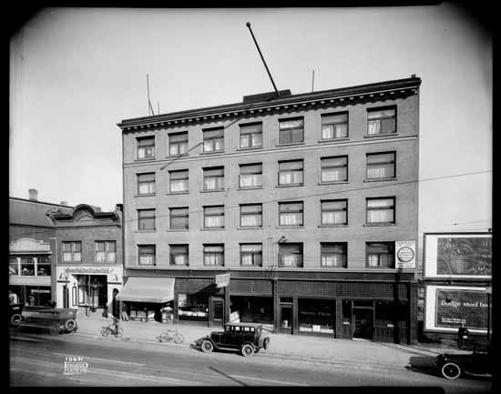 vpl22295 Hotel Cecil Exterior 1926 Dominion Photo.