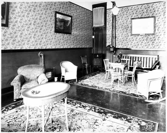 VPL 8987A Lobby of the Murray Hotel at 1119 Hornby Street  1928 Stuart Thomson photo.