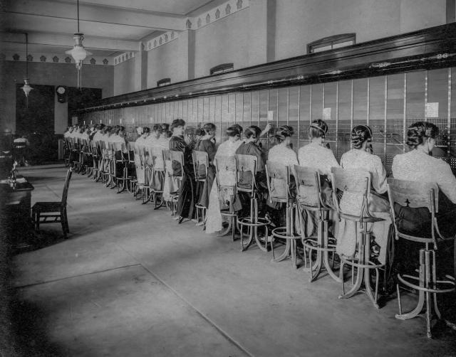 CVA: Bu P498 - [The switchboards in the B.C. Telephone Company - 555 Seymour Street], ca 1907.