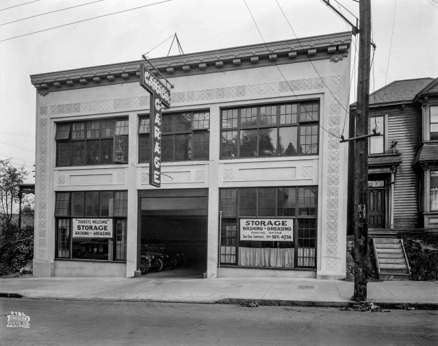 CVA 1399-529 - [Photograph of Canada Garage]. 1925. Dominion Photo.