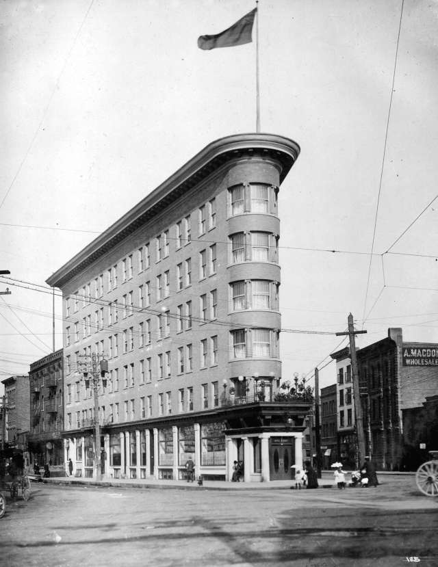 M-11-32 - Europe Hotel. 191- . Richard Broadbridge photo.