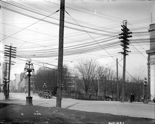 LGN 1240 - [Power lines over intersection of Cambie and Pender Streets] 1914, BCER photo.