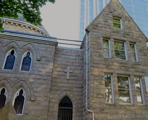 Holy Rosary Cathedral rectory taken from the west side of Richards St. 2015. Author's photo.