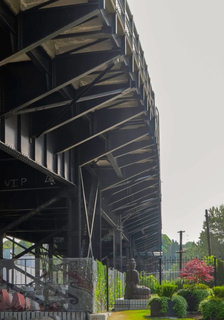 Today's First Avenue Viaduct viewed from below it, looking upwards and to the northeast (from near the entry to the Home Depot store). 2015. Author's photo.
