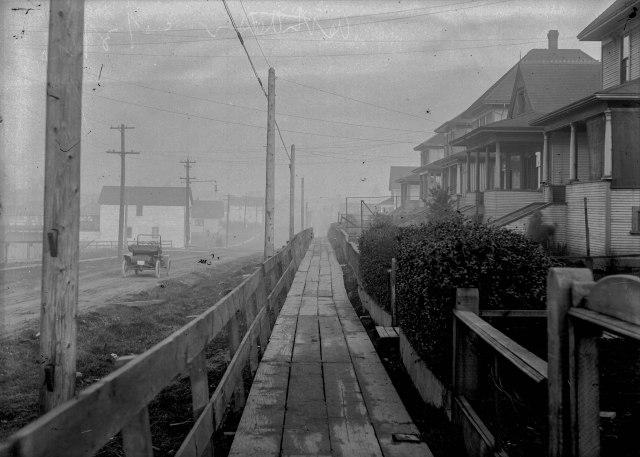 CVA 789-64 - 16th Avenue 1914.