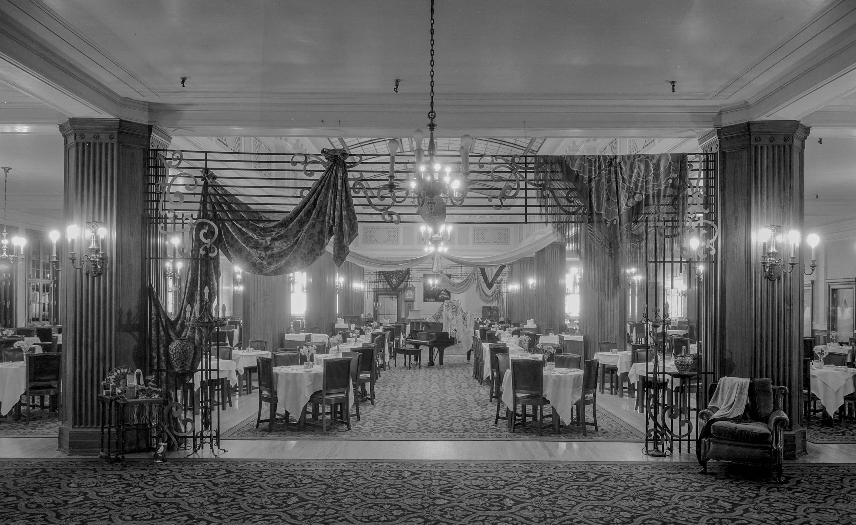 Department Store Dining Vancouver As It Was A Photo
