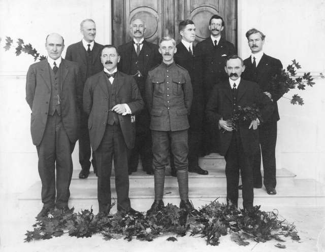port-p1688-presentation-ceremony-to-j-m-chappell-esq-chairman-point-grey-board-of-school-trustees-1915