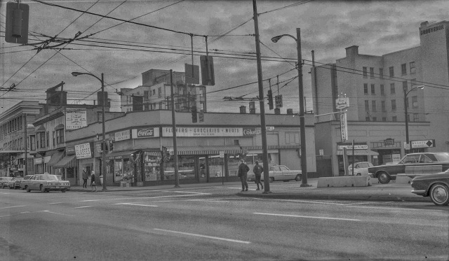 CVA 447-331 - Robson and Howe [Streets S.E. corner] 1968 WE Frost photo.