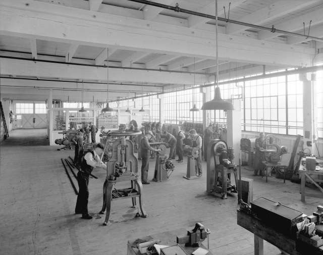 CVA 99-2331 - Boeing Aircraft Co. of Canada, flying boat construction, machine shop 1930 Stuart Thomson photo