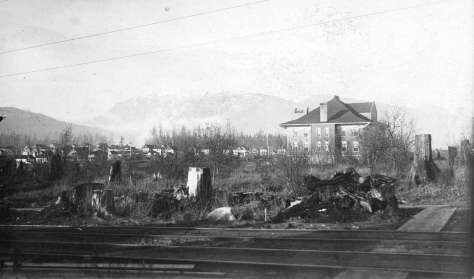 Str P15 - [View of Lord Roberts School from the corner of Davie Street and Cardero Street] ca 1901.