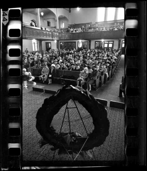 VPL 40788 Rembrance Day Service (at First Baptist Church), Nov 6, 1966 The Province - Ross J. Kenward photo.