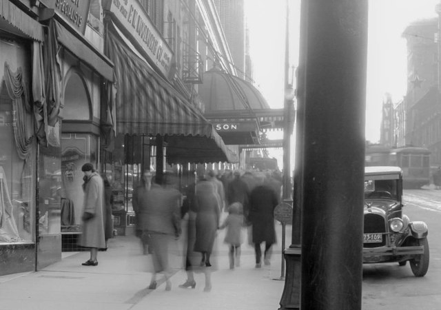 CVA 99-4856 - Sidewalk in front of [Eastman Kodak] store [at 610 Granville Street] 1936 Stuart Thomson photo for Travellers Insurance co-2