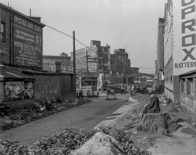 GF N3 - [C.P.R. right of way between Cordova and Carrall Streets] 1935