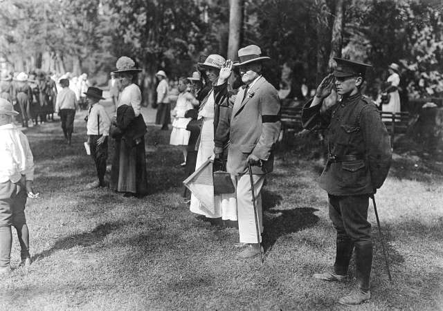 Port P163.2 - [Sir Charles Hibbert Tupper inspecting Girl Guides] 1914-18