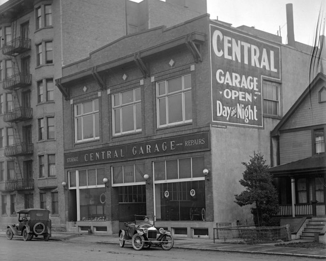 CVA 99-691 - Central Garage, Seymour Street ca1918 Stuart Thomson photo (Jean Fuller's >>? 1142)-2
