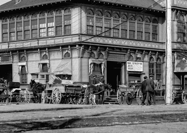 Crop of CVA 99-89 - Main Street market 1910 Stuart Thomson