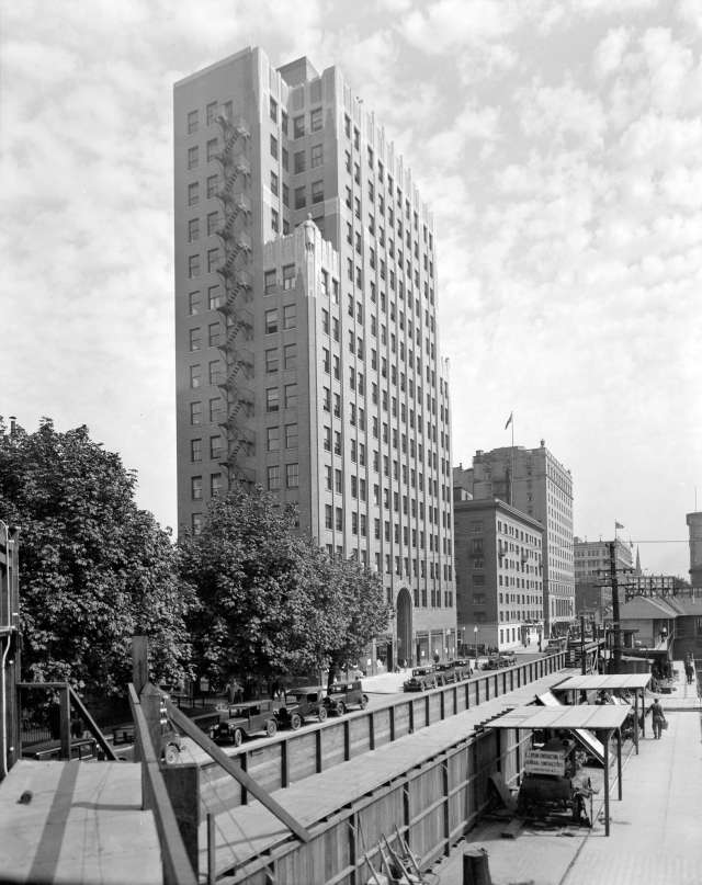 CVA 99-3749 - [Georgia] Medical Dental Building [at 925 West Georgia Street] 1929 Stuart Thomson photo