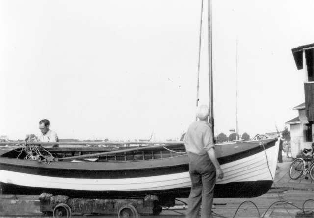 CVA 1376-247 - [Fraser Boathouse, west of Kitsilano Pool] 1938 Cecil N. Akrigg photo