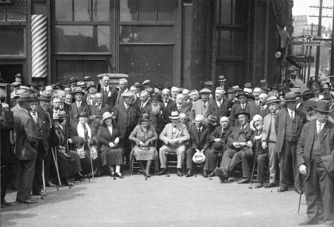 Port P1449.1 - [Pioneers gathered for the Maple Tree Monument unveiling on the southwest corner of Carrall Street and Water Street] 1925