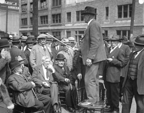 Port P1449.2 - [Frank Hart speaking to other pioneers gathered for the Maple Tree Monument unveiling on the southwest corner of Carrall Street and Water Street] - incldg Charles Gardner Johnson, K. SIlverman, Peter Larson - 1925