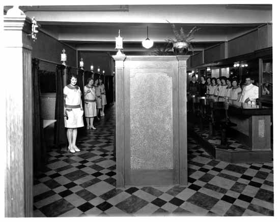 VPL 8927 Interior of Peter Pan Cafe (1138 Granville St) 1929 Stuart Thomson Cafe