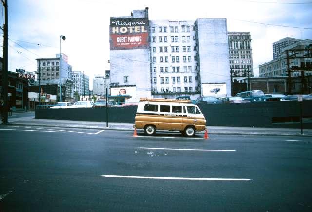 CVA 778-194 - 400 Homer Street west side May 1974
