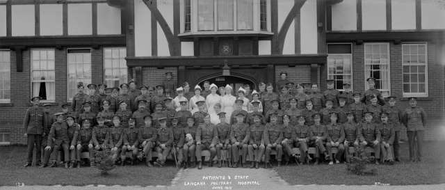CVA 99-5096 - Patients and Staff - Langara Military Hospital June 1917 Stuart Thomson photo