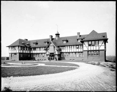 vpl 20311 Langara School for Boys 1917. Dominion photo