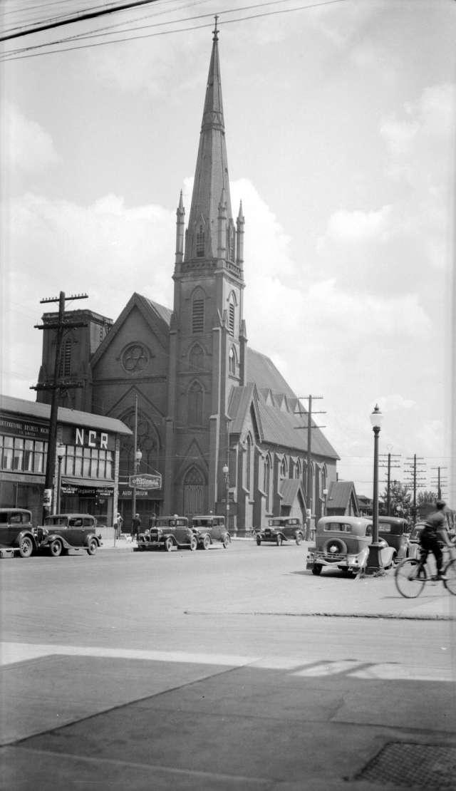 CVA 447-145 - St. Andrews United Church [Georgia and Richards Streets] 1936 Walter E Frost photo.