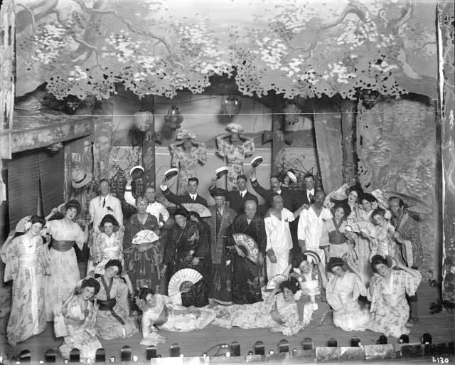 cva-99-47-group-photo-of-the-corinthians-amateur-theatricals-1912-stuart-thomson