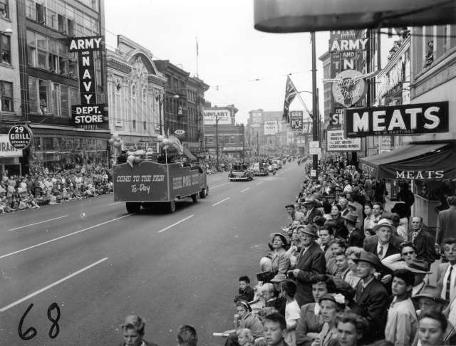 cva-180-2739-p-n-e-shrine-circus-float-in-1955-p-n-e-opening-day-parade-aug-1955