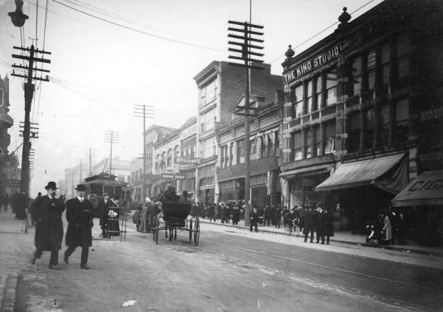 cva-677-642-hastings-street-between-hamilton-and-homer-streets-190-p-t-timms-photo