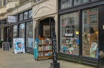 Exterior of Paper Hound Books, 2016. mdm photo.
