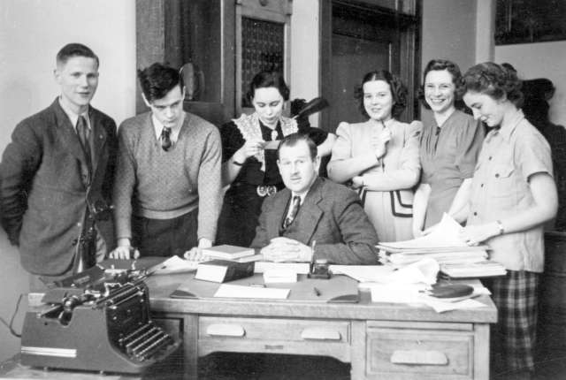 CVA 371-801 - [Ken Waites and Templeton High School's Archivists Club] ca 1936