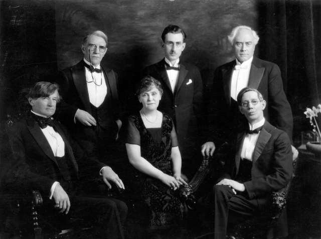 CVA 125-03 - Group portrait of members of the Vancouver Poetry Society May 1929 George T Wadds