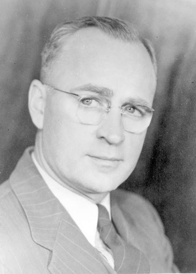 CVA 371-1626 - Ernest Charles Hammond. 1948.