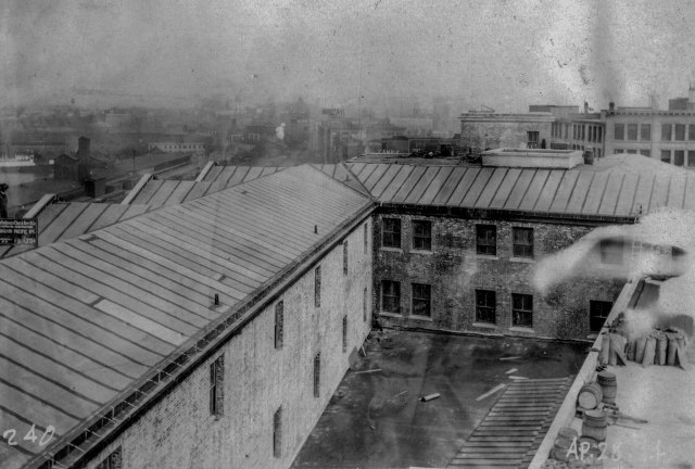 CVA 152-1.214 - [Construction progress photograph of the third CPR station] 28 April 1914