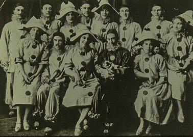The Queries 1914 - NVA - Acc # 1986-015