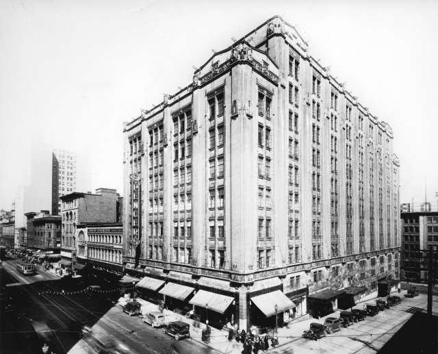 CVA 1495-32 - [David Spencer's Department Store building on Hastings Street] 193-