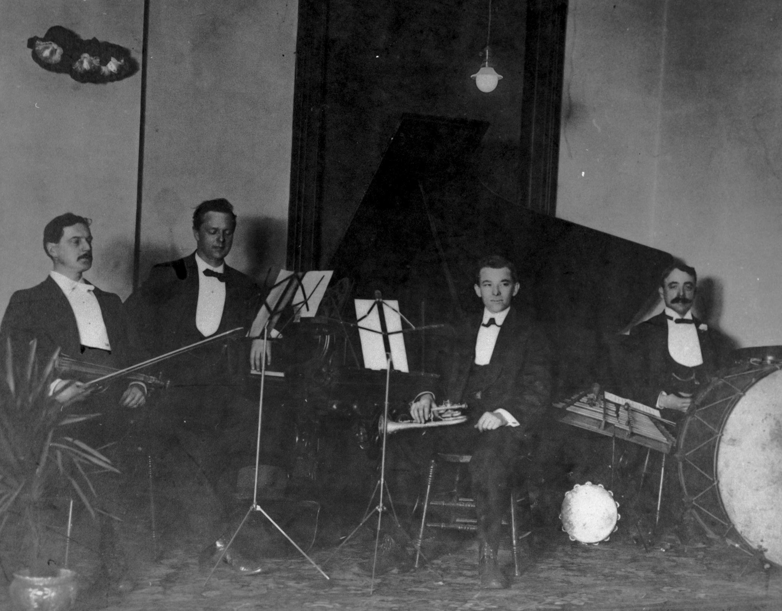 CVA 677-178 - [Horace] Harpur's Orchestra ca 1900