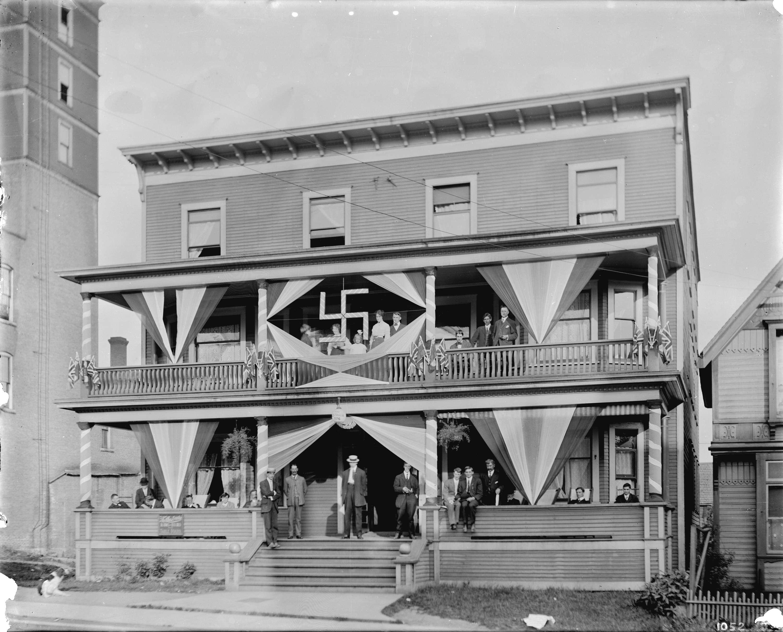 cva 99-29 - [australia boarding house, 776 seymour street] ca 1915 stuart thomson
